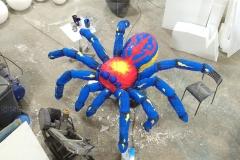Фигура паука из пенопласта