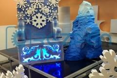 tron-dlya-ded-moroza-s-aysbergom