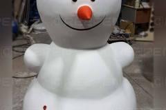 Изготовление снеговика из пенопласта