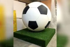 Фигура футбольного мяча для детского клуба