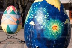 Большие яйца для Пасхи