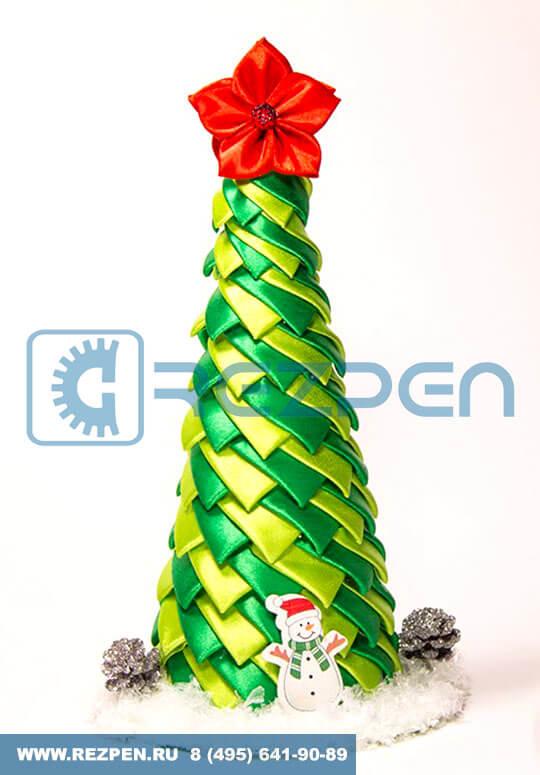 елка конус из пенопласта